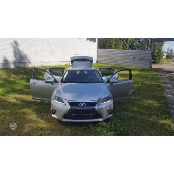 Automobilis Lexus CT 200H 2014m